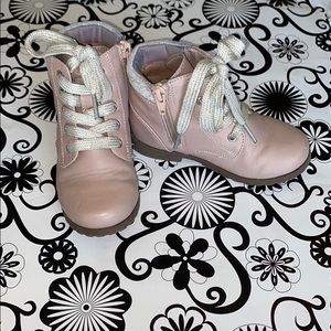 Children's place, dusty rose color boots